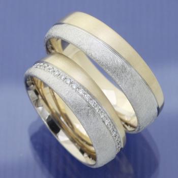 Bicolor Hochzeitsringe mit Brillantkranz P3164494