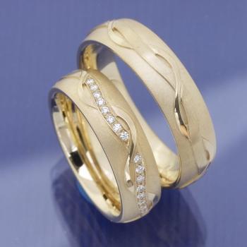 Hochzeitsringe aus 585 Apricotgold P7074035