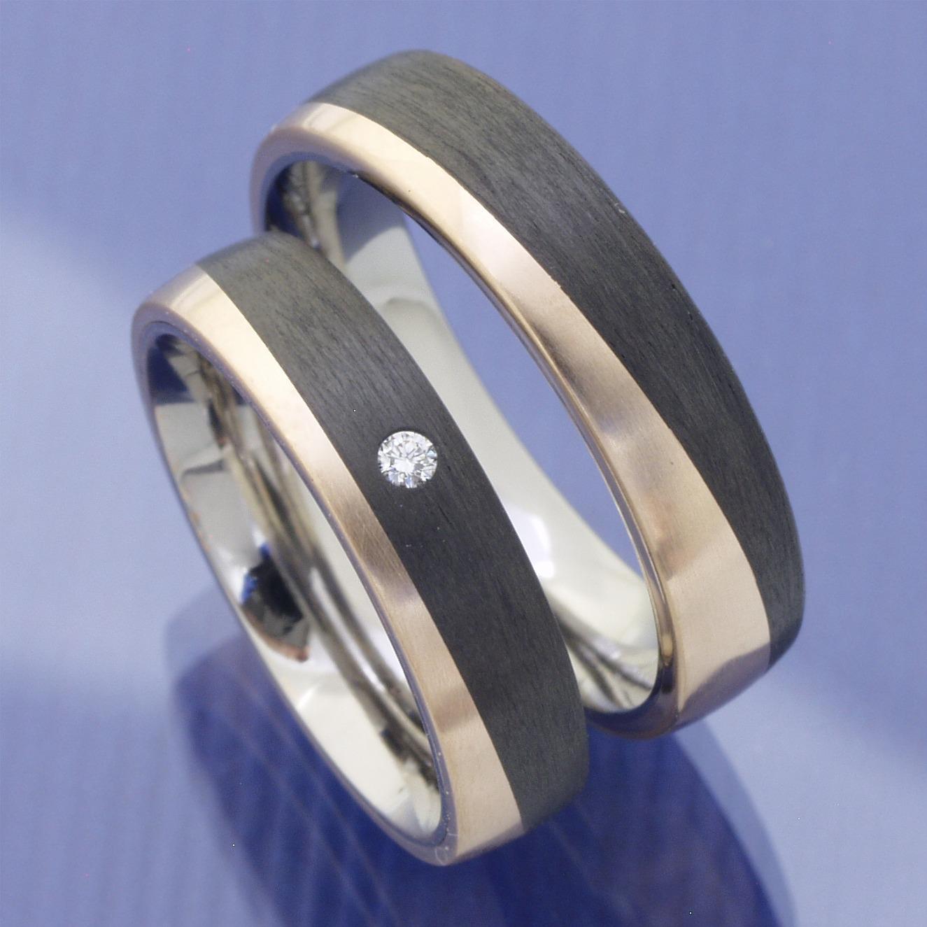 Partnerringe titan platin  Eheringe-Shop - Bronze Titan Carbon Trauringe P7123776