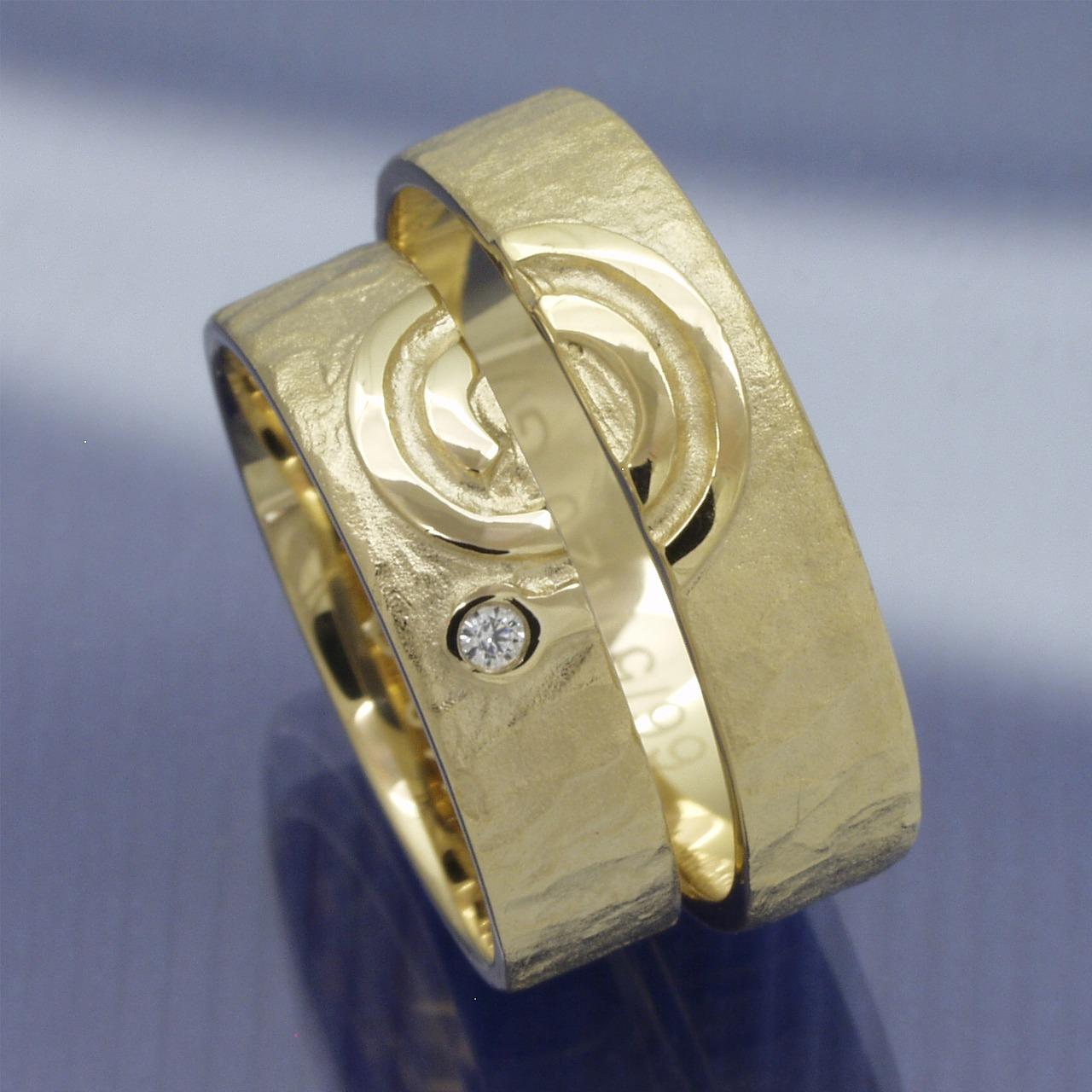 eheringe shop trauringe 585 gelbgold spirale. Black Bedroom Furniture Sets. Home Design Ideas